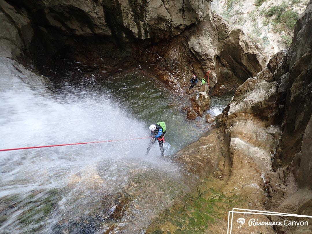 Descente en rappel en canyoning en Isère - Lyon - Grenoble